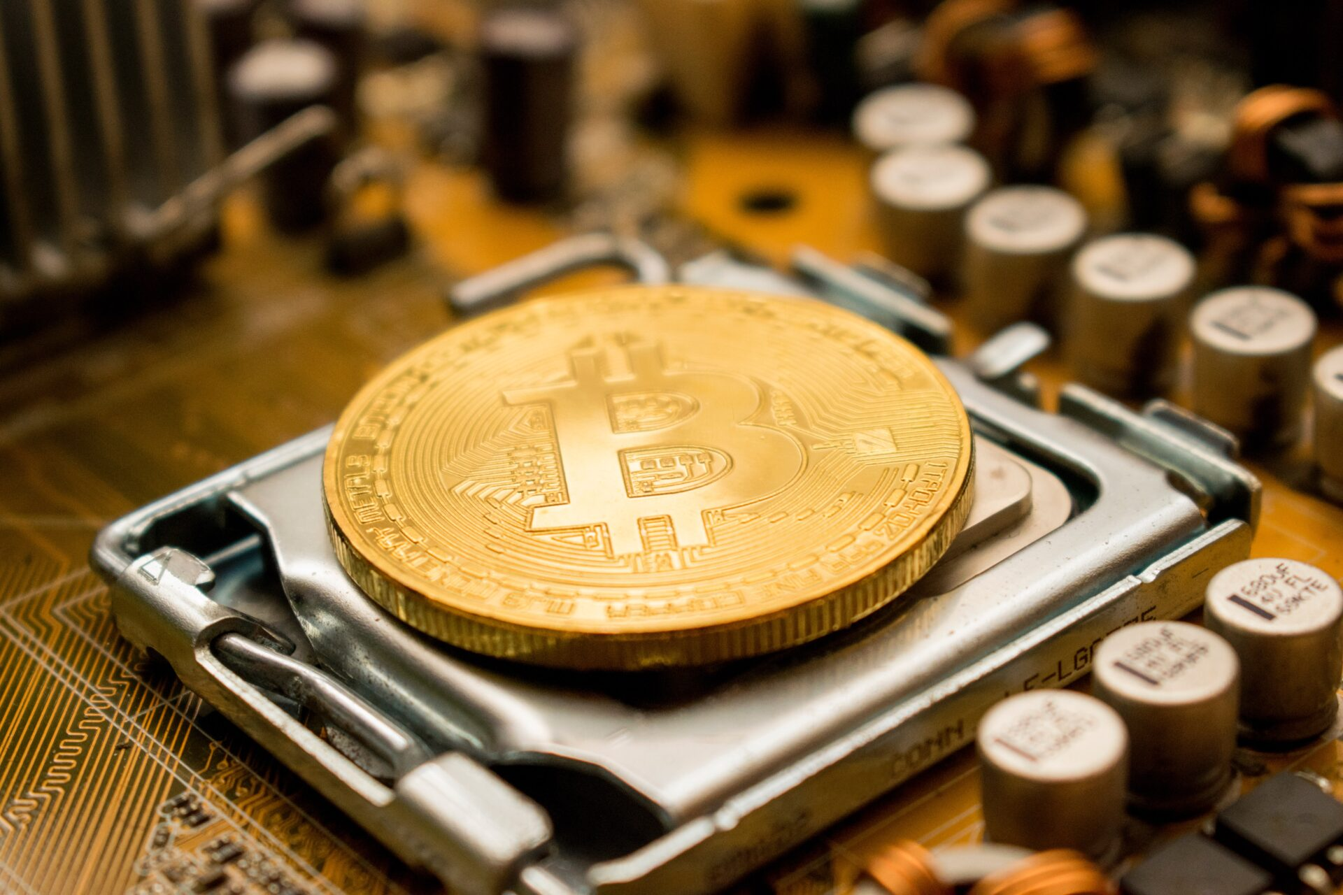 ماینینگ ( Mining ) یا استخراج ارز دیجیتال چیست؟
